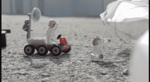 Featured image for Lego Felix Doesn't Break Any Jump Records, But It's Cute Just The Same [Video]