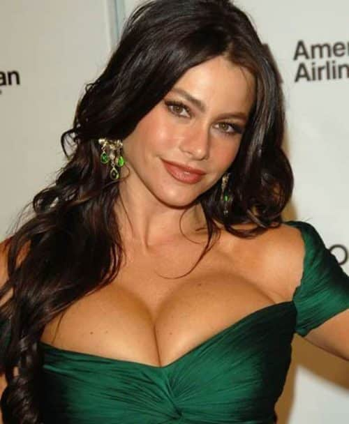 The cleavage thread! Cleavage