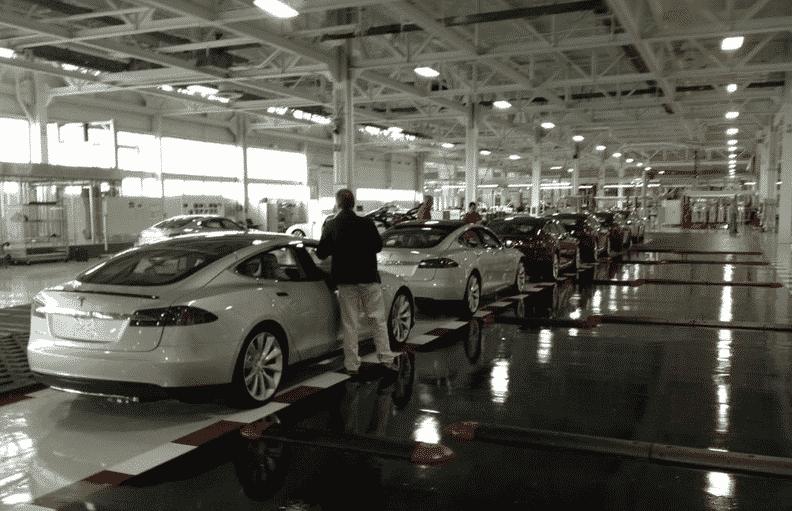 Elon Musk Thanks Steve Wozniak For Buying Tesla Model S