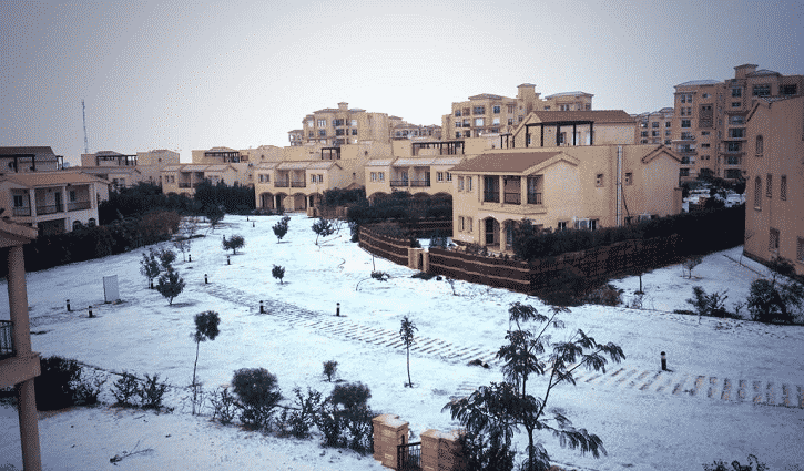 Featured image for Snow Hits Cairo For First Time In Over 100 Years [Photos]