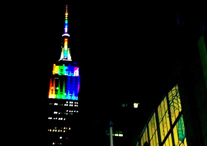 Featured image for Fred Phelpsu0027 Death And Empire State Buildingu0027s Rainbow Lighting Are Unrelated [  sc 1 st  Social News Daily & Fred Phelpsu0027 Death And Empire State Buildingu0027s Rainbow Lighting ... azcodes.com