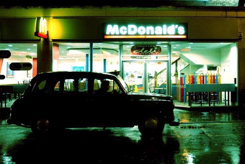 Featured image for McDonald's Or Hospital? Man With Knife In His Back Gets Fast Food Before Medical Attention