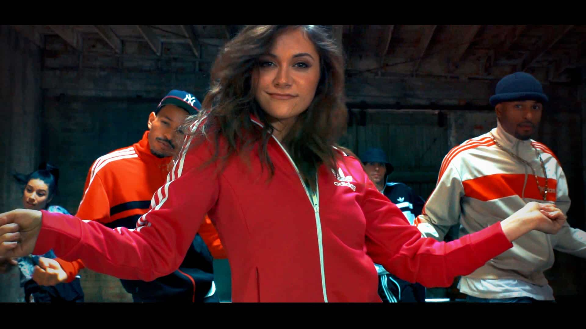 "Featured image for Missy Elliot Tribute Video: Alyson Stoner Dances Again To ""Gossip Folks"" And ""Work It"" 13 Years Later, Video Goes Viral [Watch]"