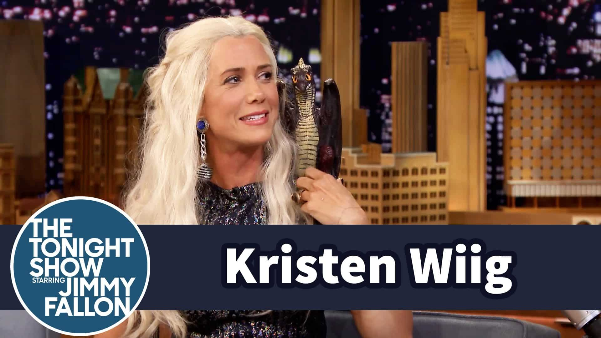 Featured image for Kristen Wiig Does 'Tonight Show' Interview As Daenerys Targaryen From 'Game Of Thrones'