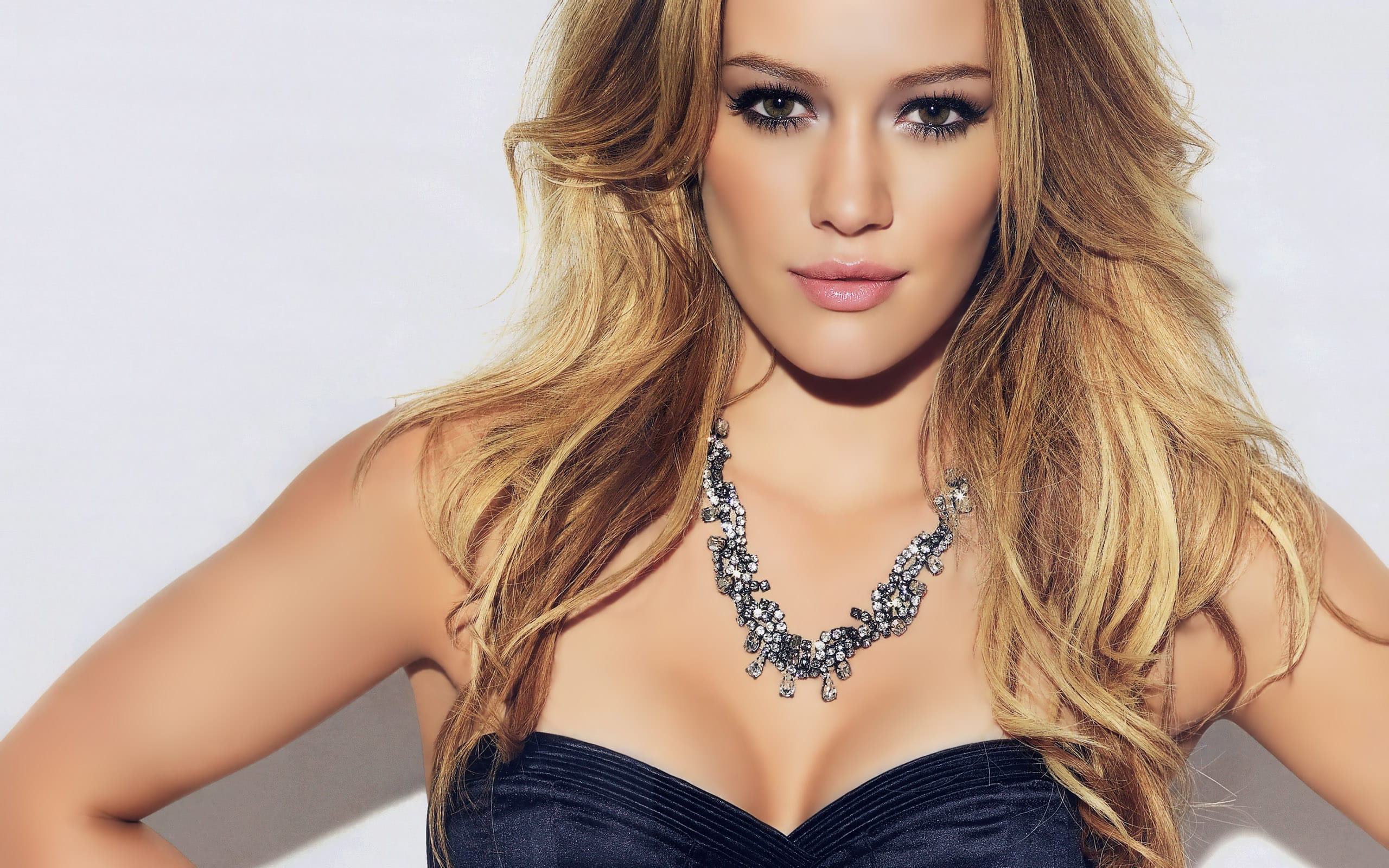 Featured image for Hilary Duff Hosts Reddit AMA, Why Were Fans So ... хилари дафф
