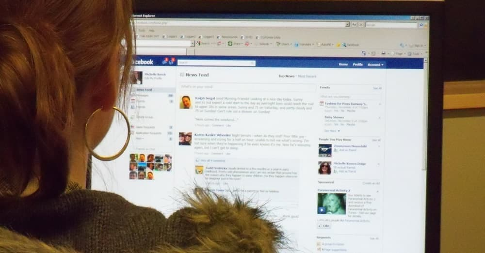 What Does Your Facebook Profile Say to Employers?