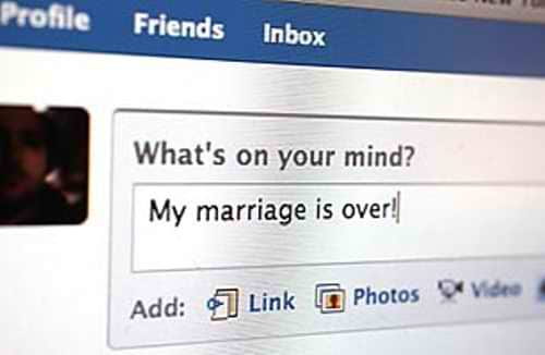 Featured image for How To Keep Your Marriage From Becoming A Social Media Casualty