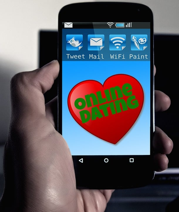 Featured image for Four Ways Social Media is Killing Dating
