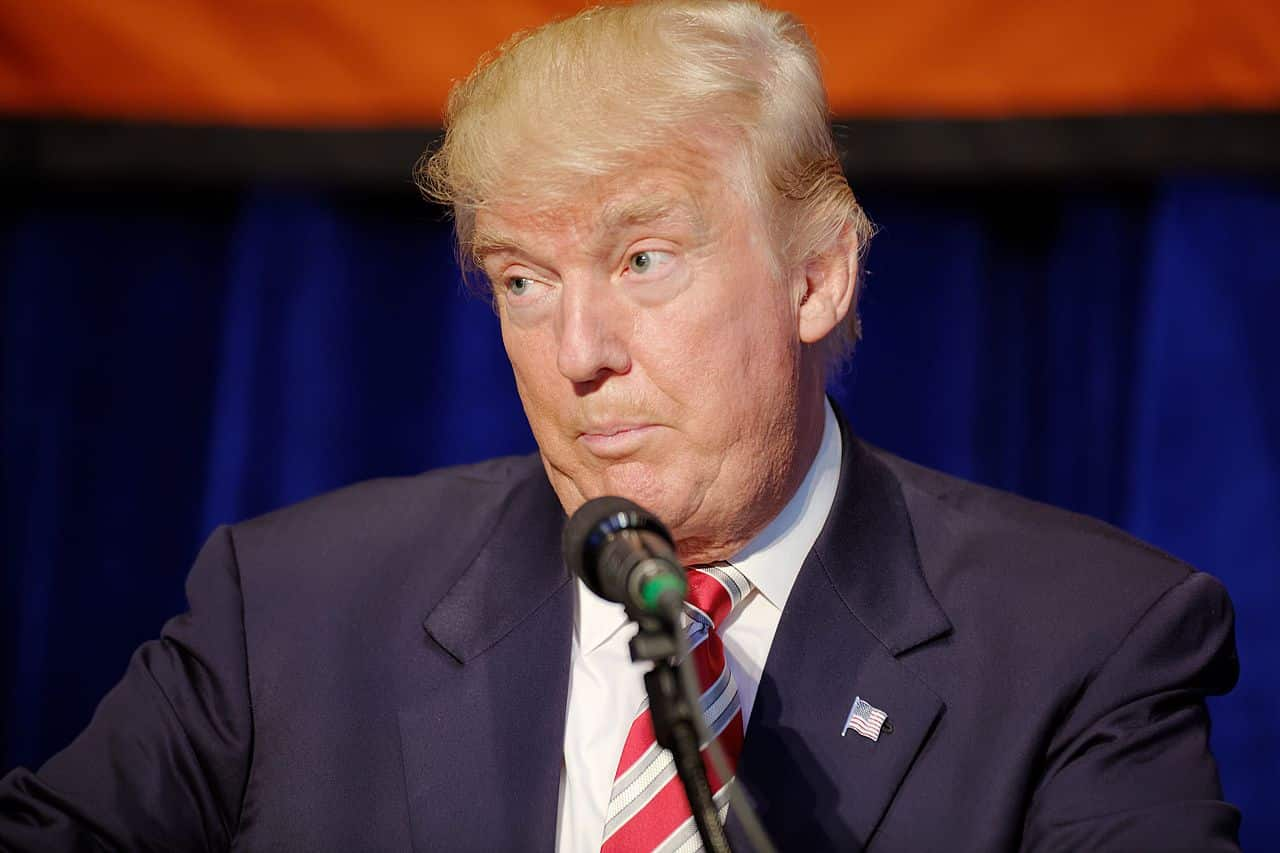 Donald_J._Trump_at_Marriott_Marquis_NYC_September_7th_2016_09