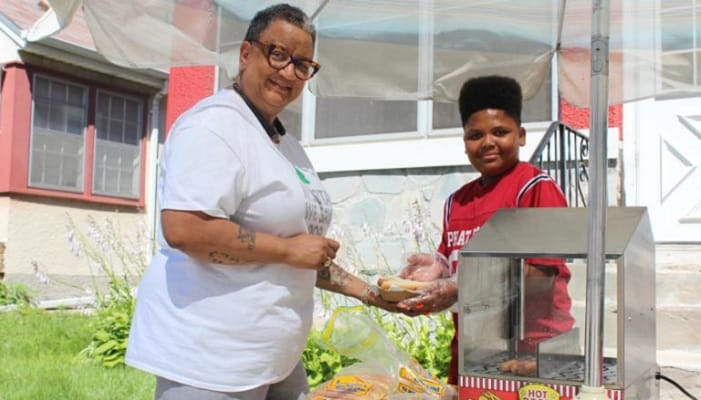 People Complained About This Black Teen's Hot Dog Stand - Now He's a Business Owner