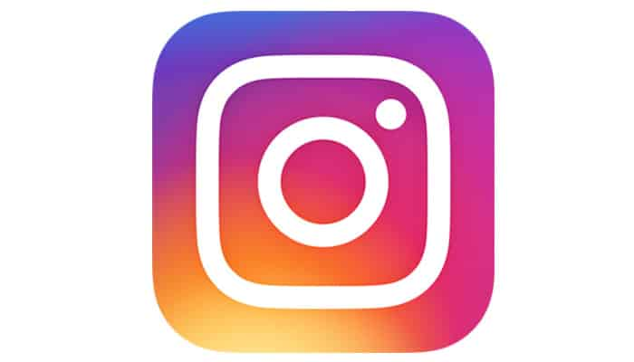 """Oops! That New Instagram """"Question"""" Feature Isn't Anonymous After All"""