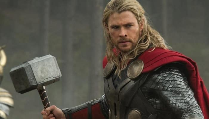 Featured image for Man Has Epic Comeback For Troll Who Insulted His Daughter's Thor Costume