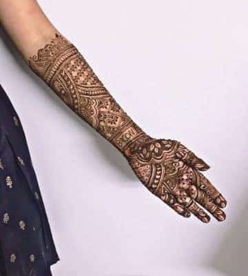 "Bride Ditches Husband's Name in Exchange For ""Memes"" in Her Wedding Henna"