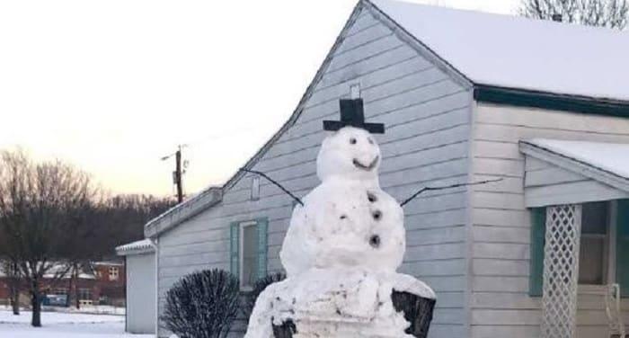 giant-snowman