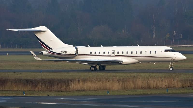 Bill Gates private plane