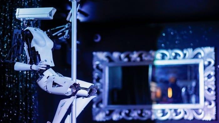robot pole dancers