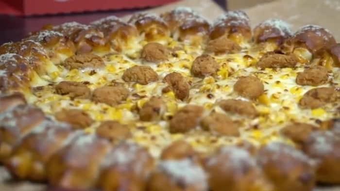 popcorn chicken pizza